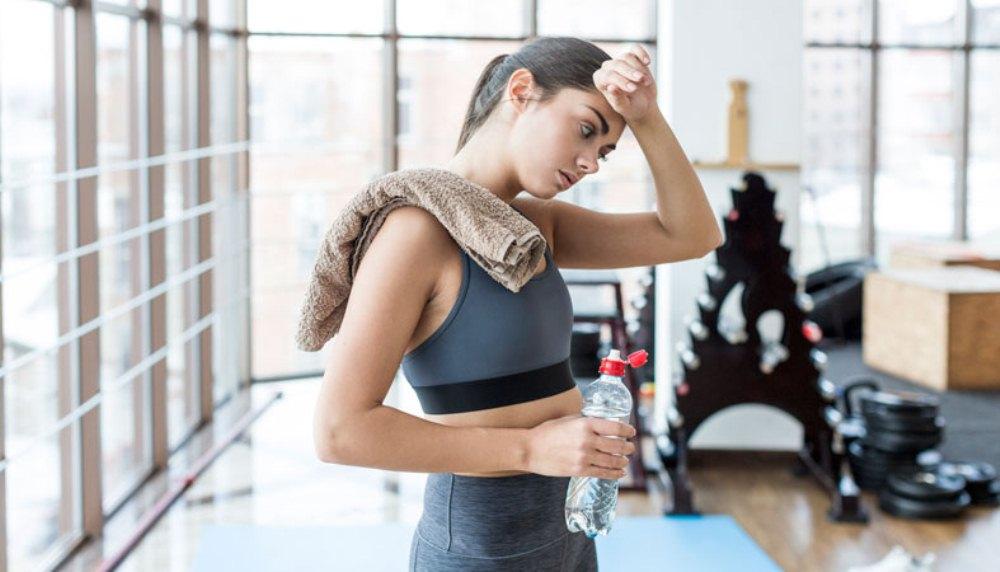 изменение запаха пота ‒ у женщин причины